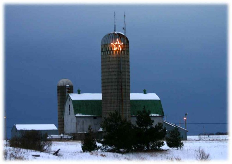 christmas-barn-compressed