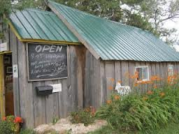 wool-shed-on-amherst-island